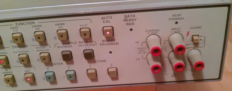 Front panel - input terminals